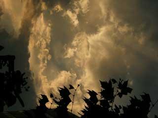 cloud_02.jpg