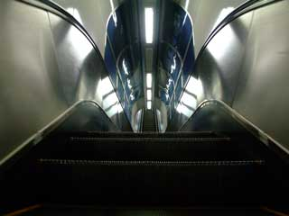 escalator_03.jpg